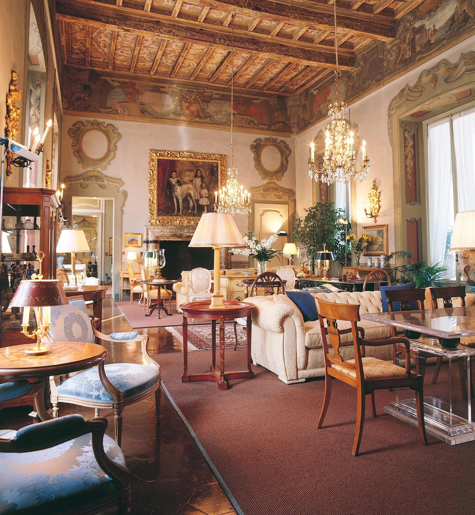 Arredamento case di lusso rq13 regardsdefemmes for Interni case classiche