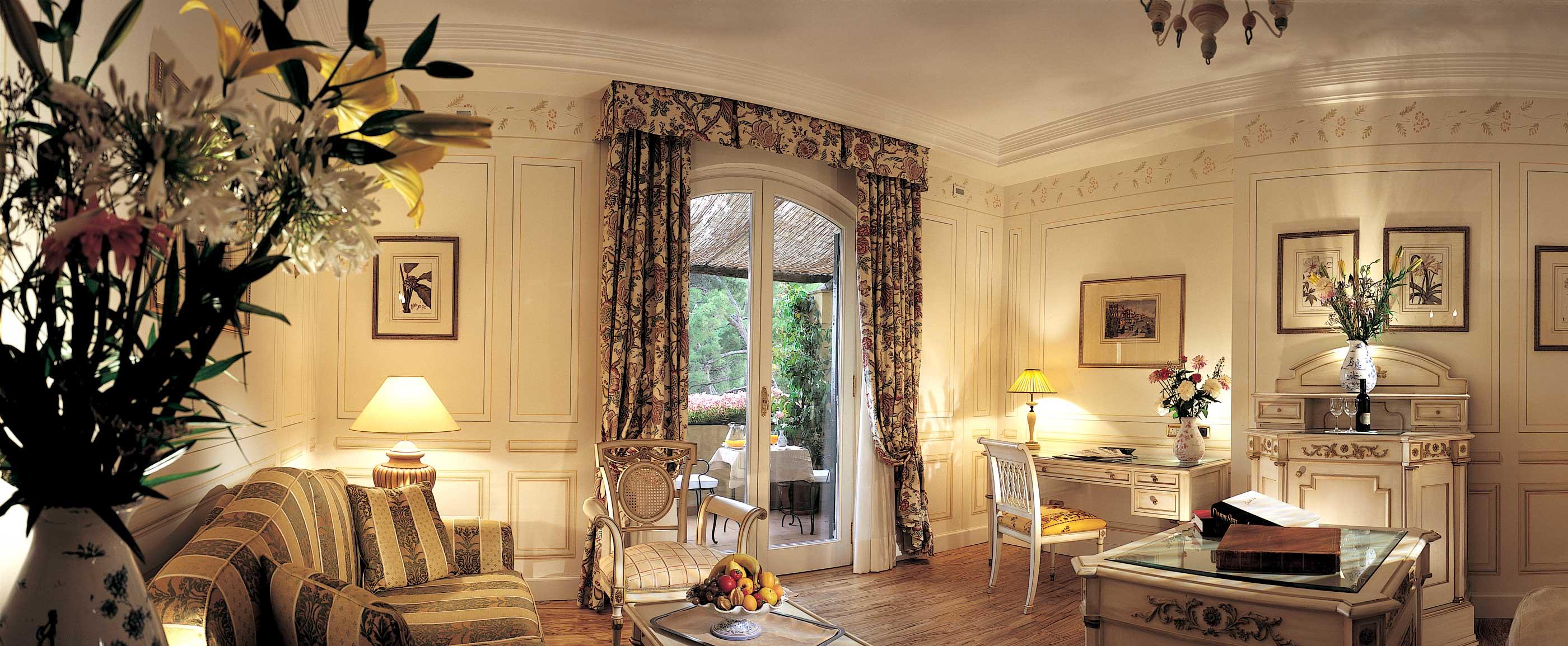 Interni hotel di lusso design casa creativa e mobili - Arredi di lusso casa ...