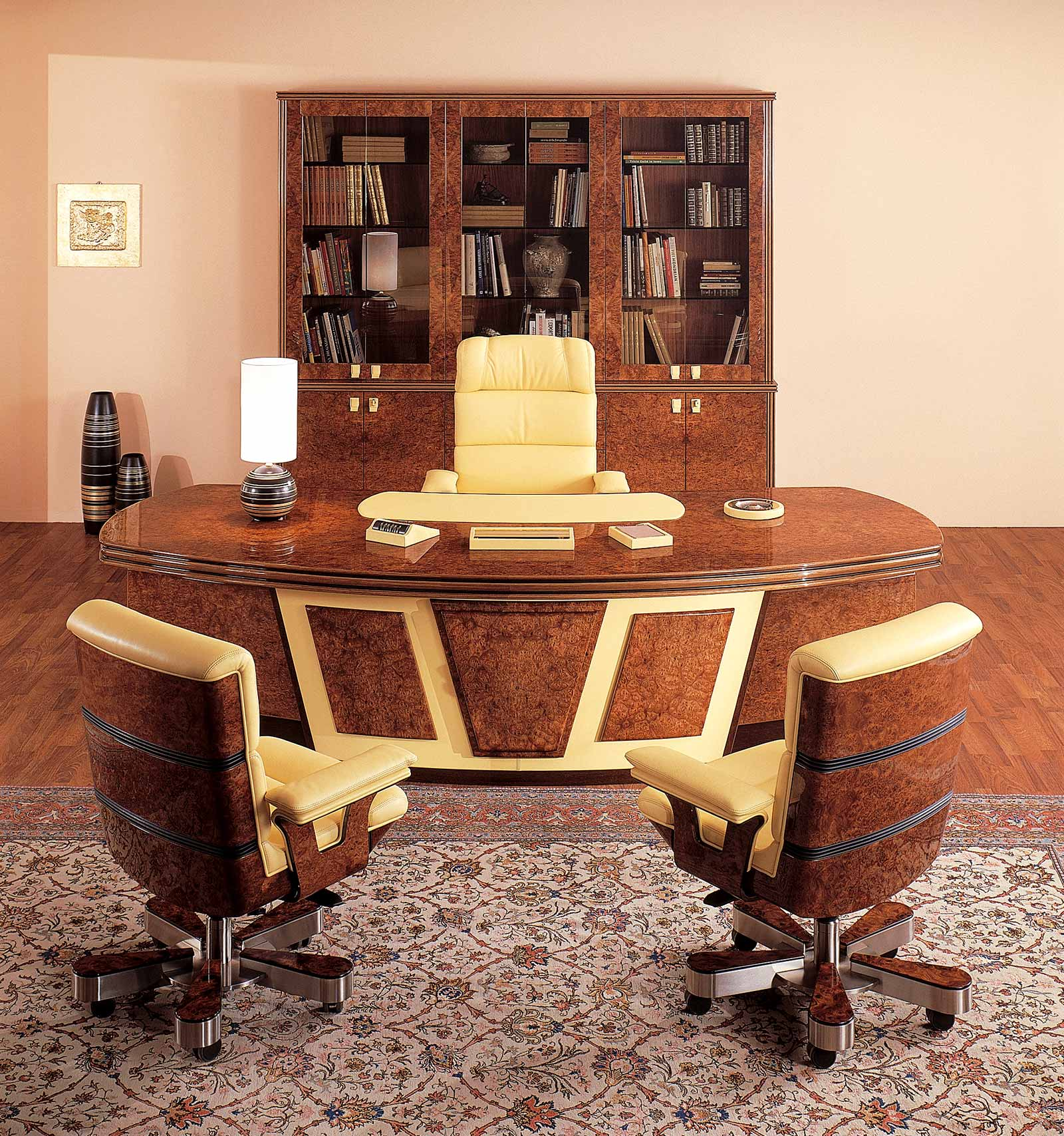 Uffici dirigenziali e presidenziali di lusso r a mobili for Mobili mobili