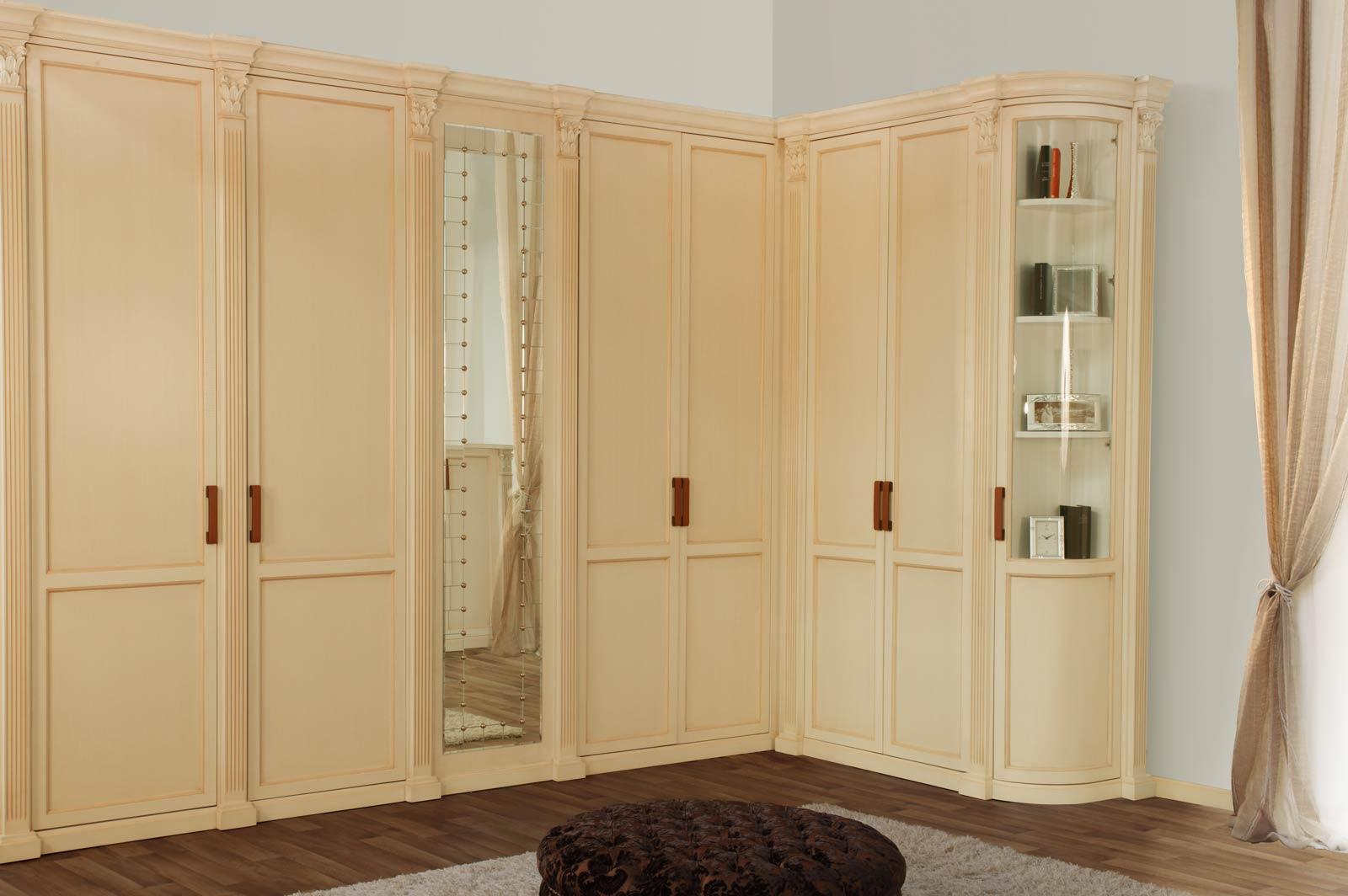 Распашные шкафы - варианты по форме.