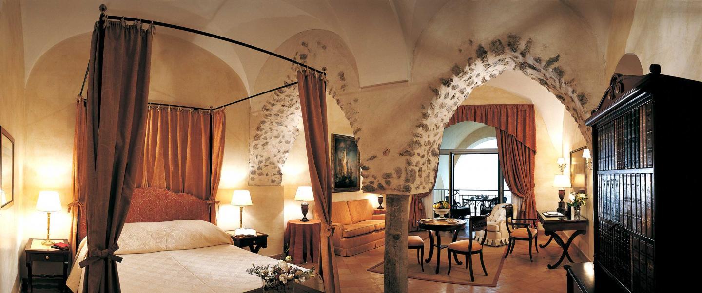Hotel caruso galbusera arredamenti for Soggiorno joy mercatone uno
